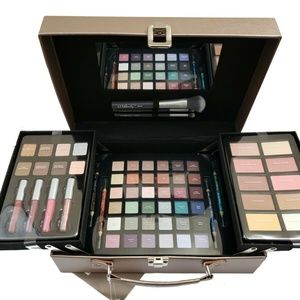 Makeup Kit Gift set